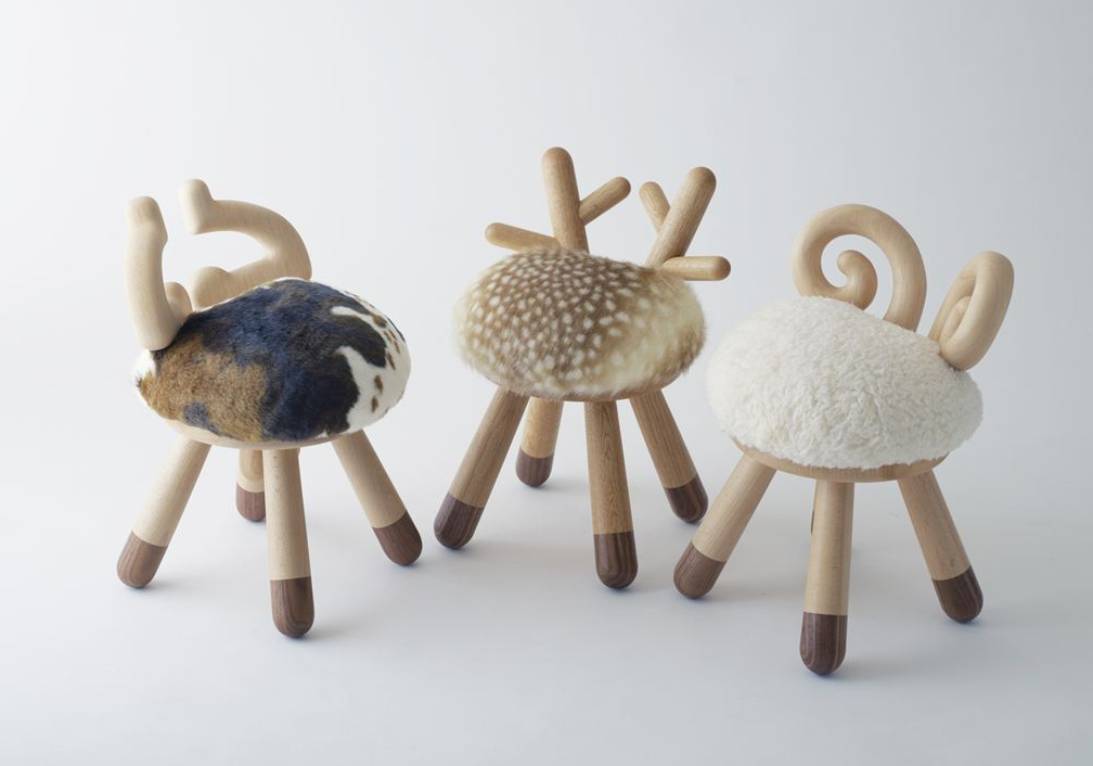 Collection of chairs-toys: Takeshi Sawada bring joy to children
