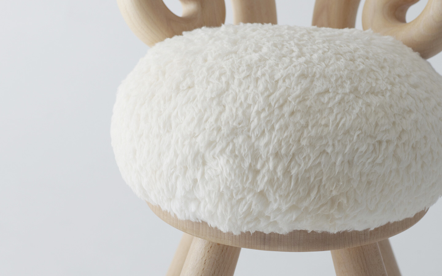 Collection Of Chairs Takeshi Sawada Bring Joy To Children   HomeWorldDesign  (6)