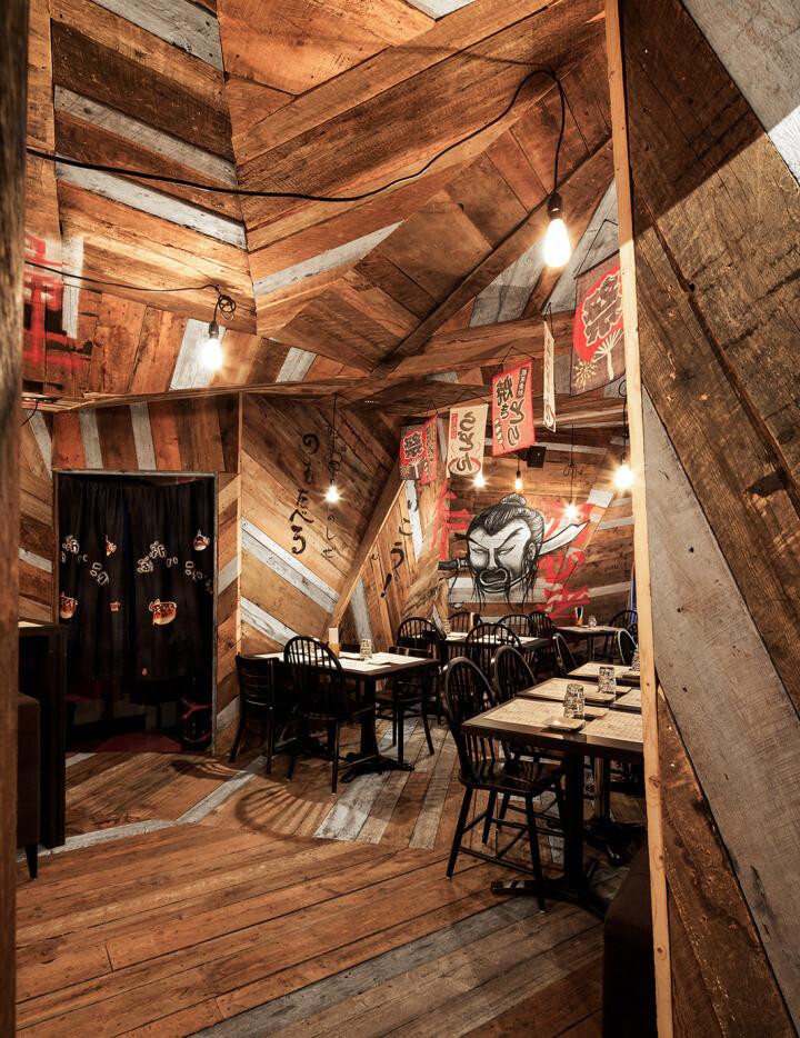 Japanese restaurant Izakaya Kinoya by Jean de Lessard - HomeWorldDesign (3)