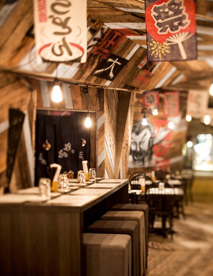 Japanese restaurant Izakaya Kinoya by Jean de Lessard - HomeWorldDesign (6)