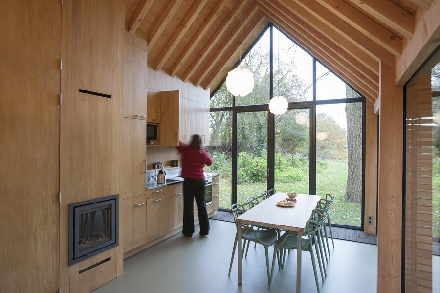 Recreation house in the countryside in Utrecht - HomeWorldDesign (16)