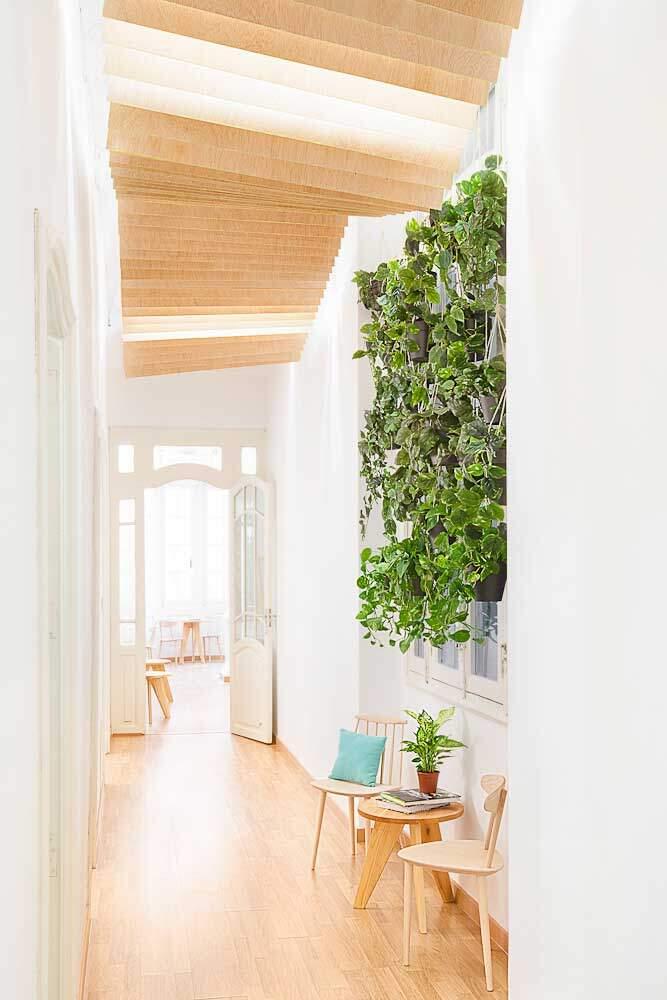 Spanish school from Valencia - interiors by Masquespacio - HomeWorldDesign (20)