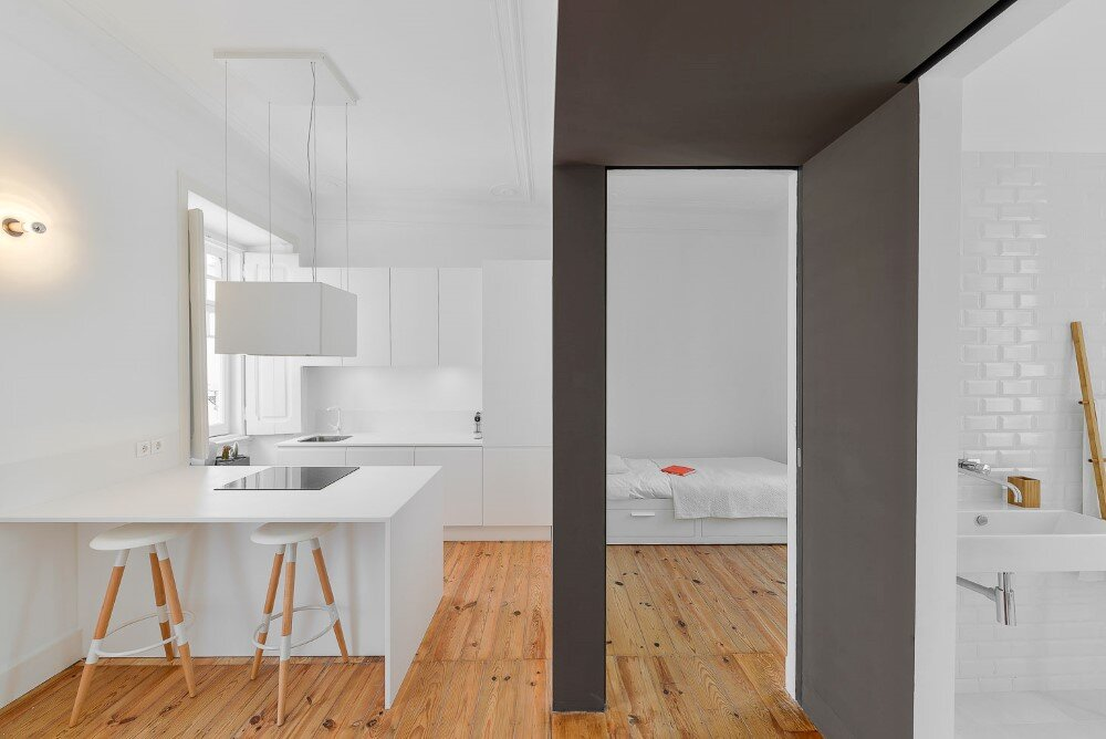House Mouraria minimal and modern in a historic neighbourhood in Lisbon - HomeWorldDesign (24)