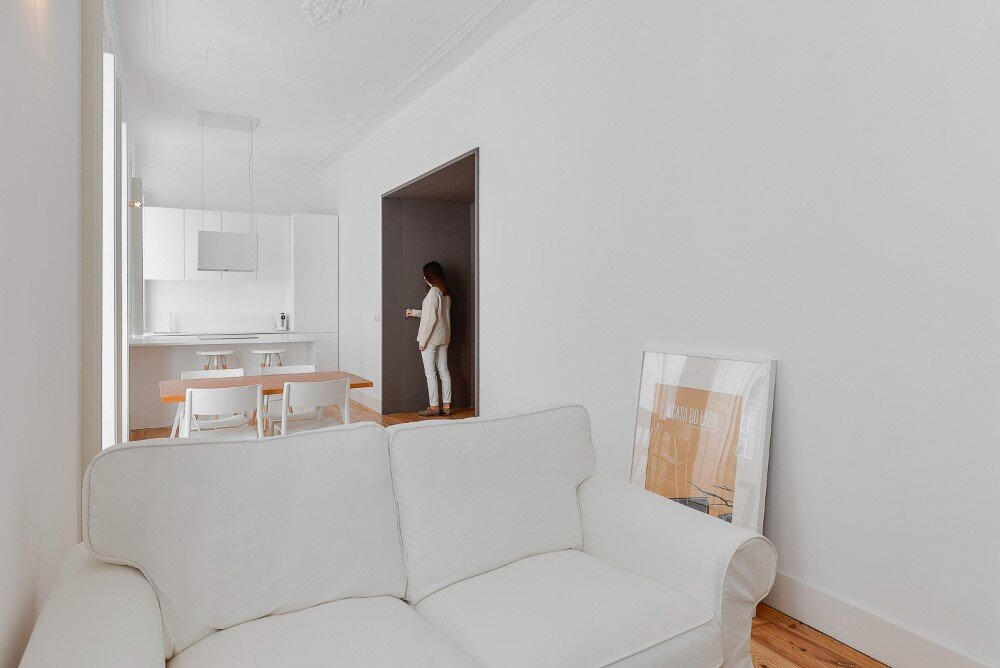 House Mouraria minimal and modern in a historic neighbourhood in Lisbon - HomeWorldDesign (31)