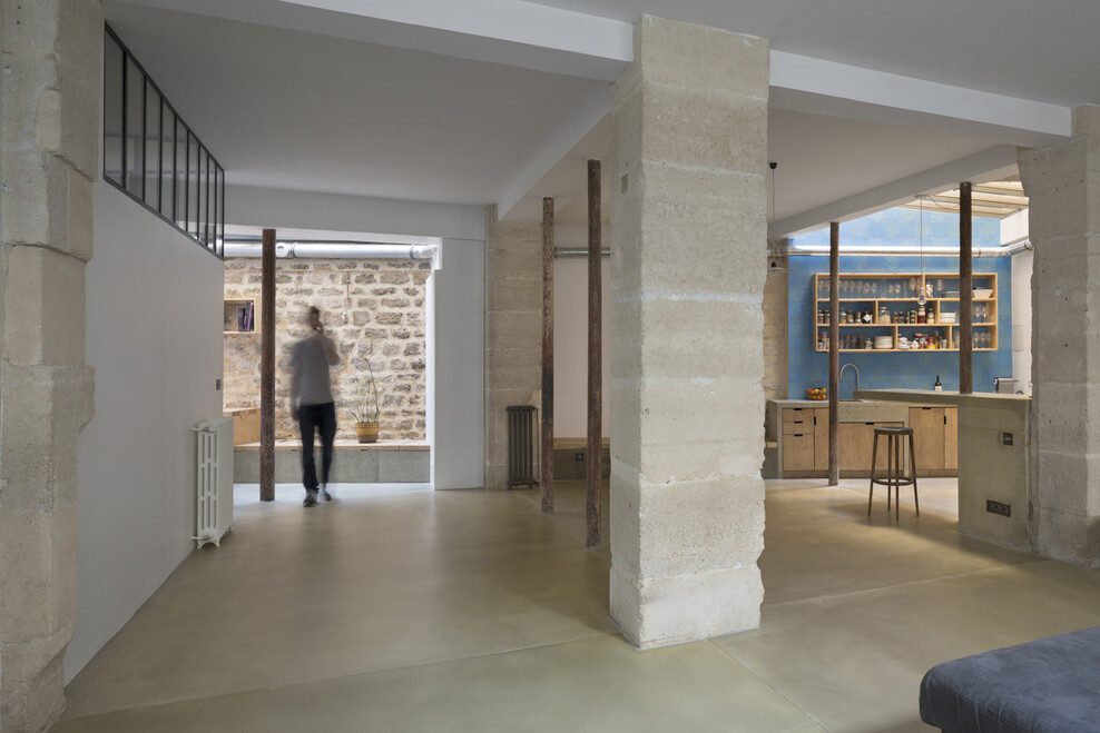 Loft in Paris: ancient craft shop transformed by Maxime Jansens
