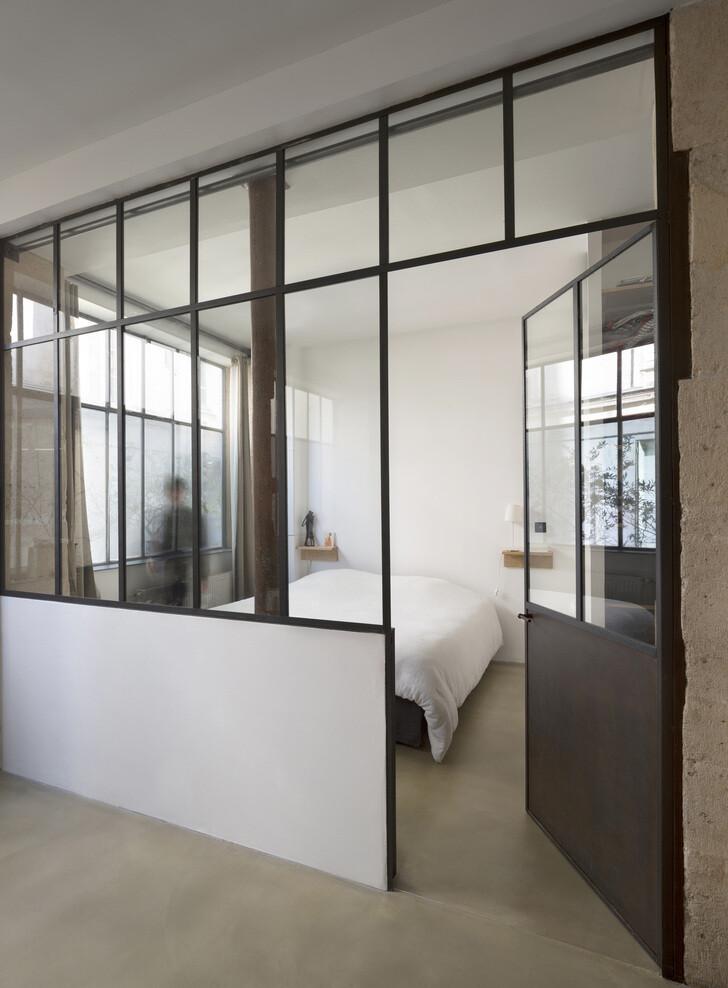 Loft in Paris ancient craft shop transformed by Maxime Jansens - HomeWorldDesign (7)