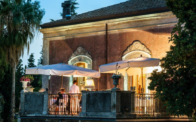 Monaci boutique hotel situated on the slopes of Mount Etna - HomeWorldDesign (1)