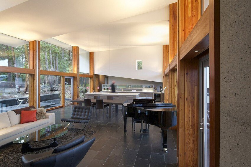 Ridge House retreat with large folding roof form - Simcic Uhrich Architects - HomeWorldDesign (8)