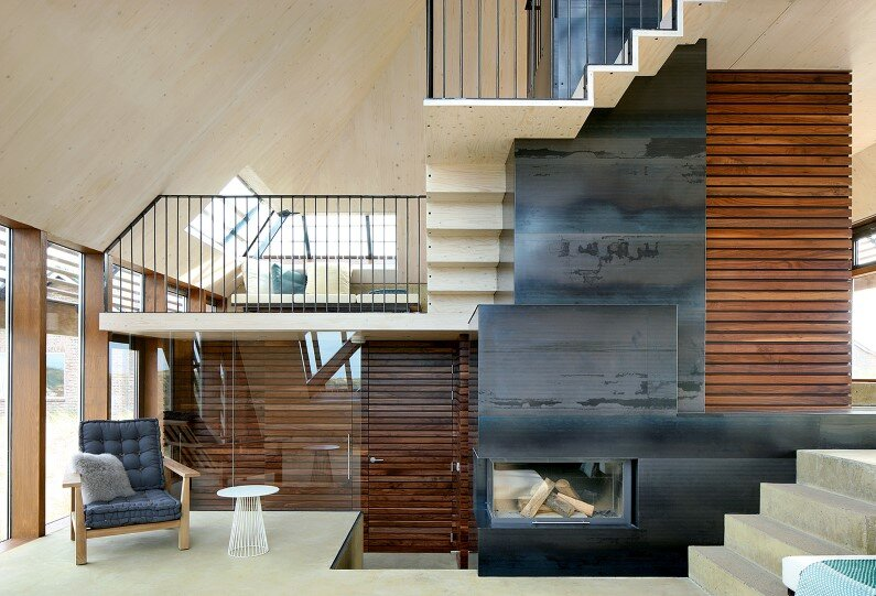 Dutch House inspired by sand dunes of Terschelling Island