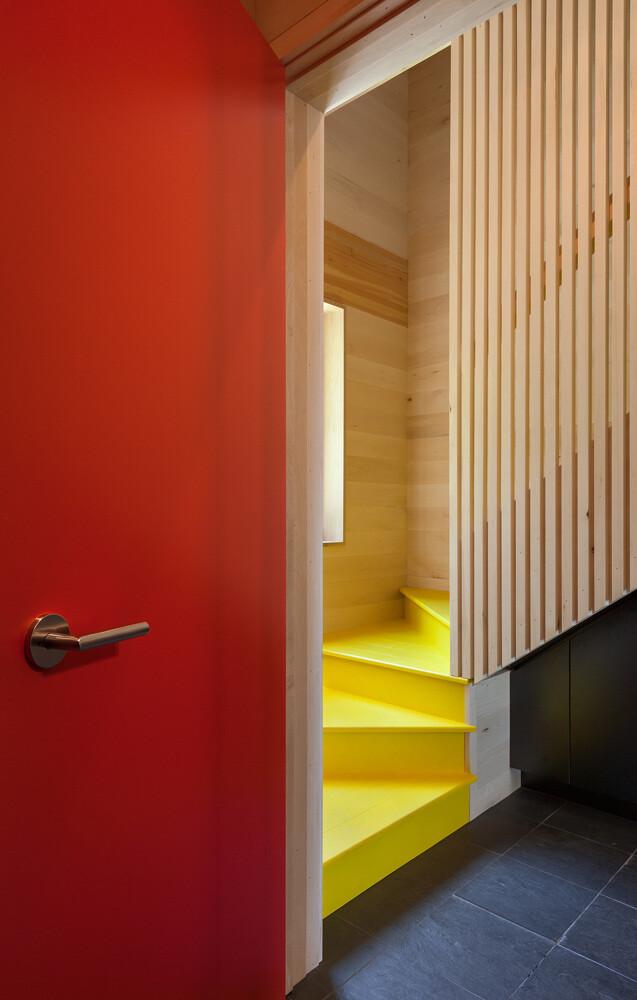 Family retreat architecture by Salmela Architect
