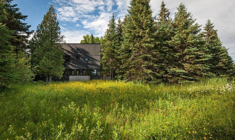 Retreat in Minnesota by Salmela Architect