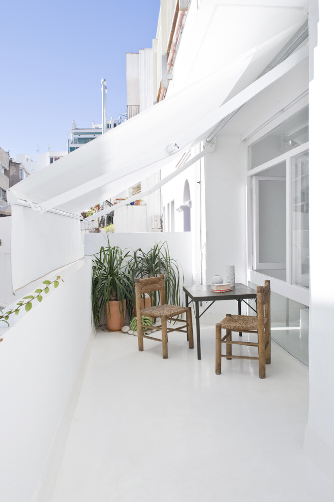 Studio CaSA - terrace - The White Retreat, Sitges, Spain