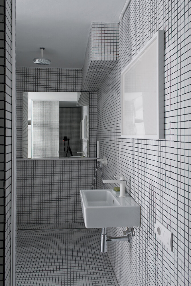 bathroom - The White Retreat, Sitges, Spain