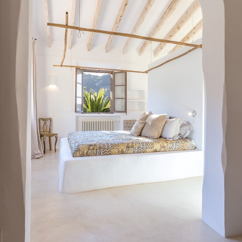 bedroom restoration in a traditional home