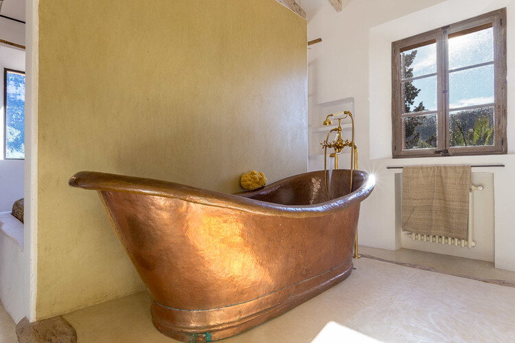 copper tub