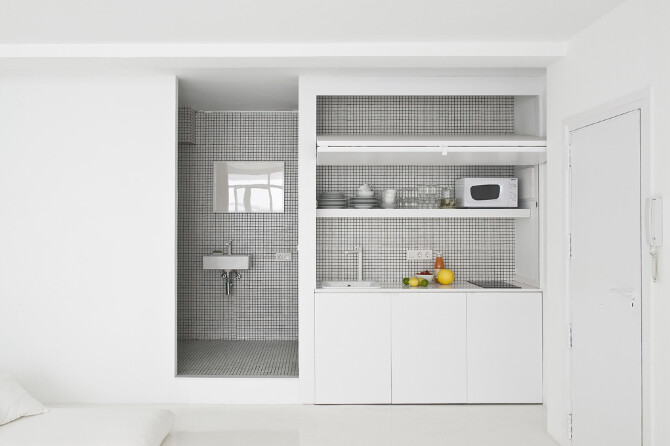 furniture kitchen - The White Retreat,
