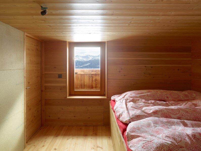 small cottage in Anzere, Switzerland - bedroom