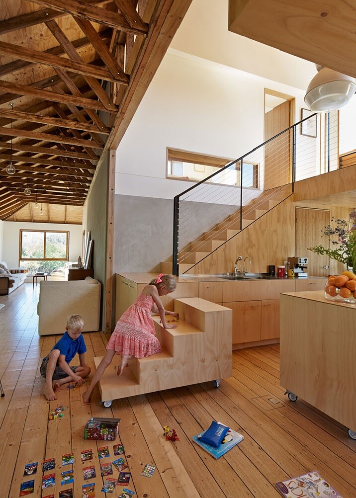 Chicory kiln converted in a family beach home