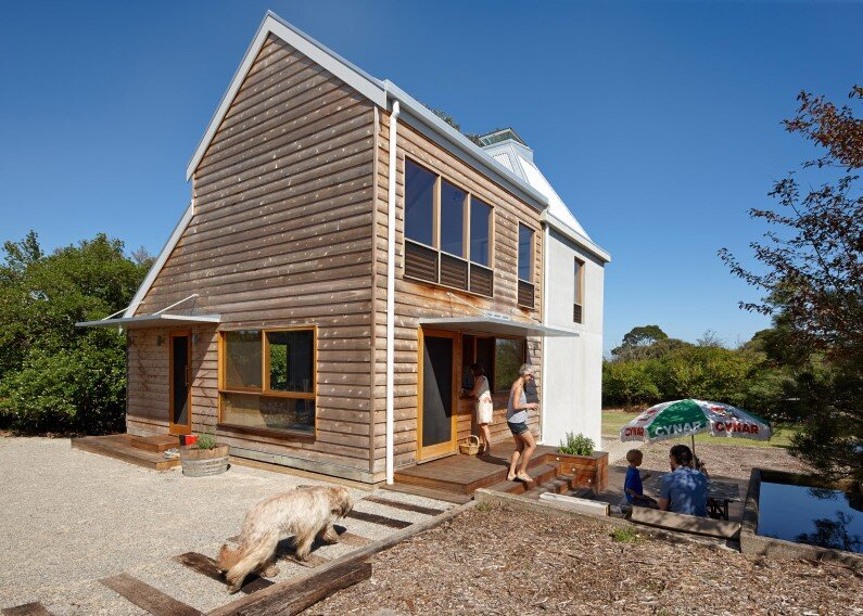 Chicory kiln converted into a family beach home by Andrew Simpson Architects and Charles Anderson