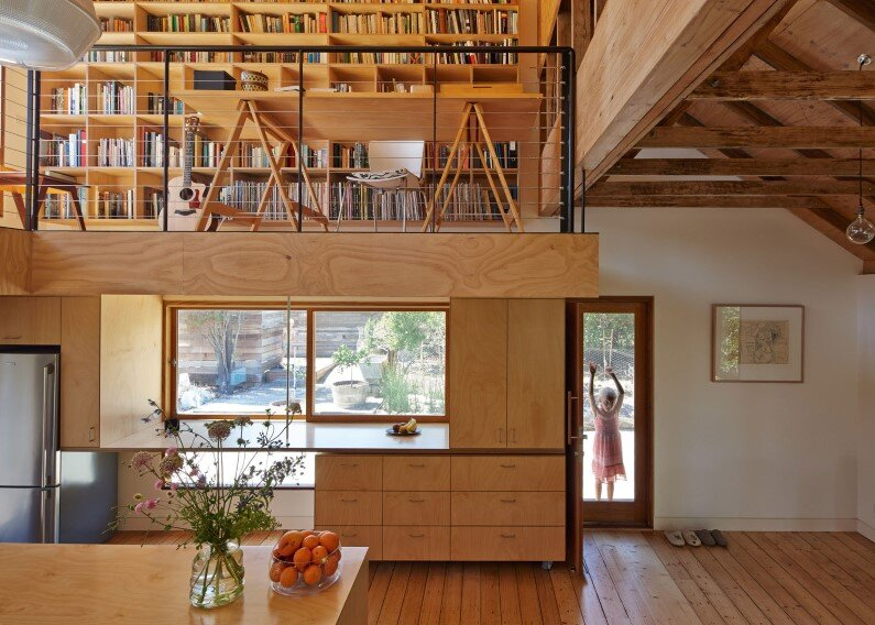 Chicory kiln converted into a family house by Andrew Simpson Architects