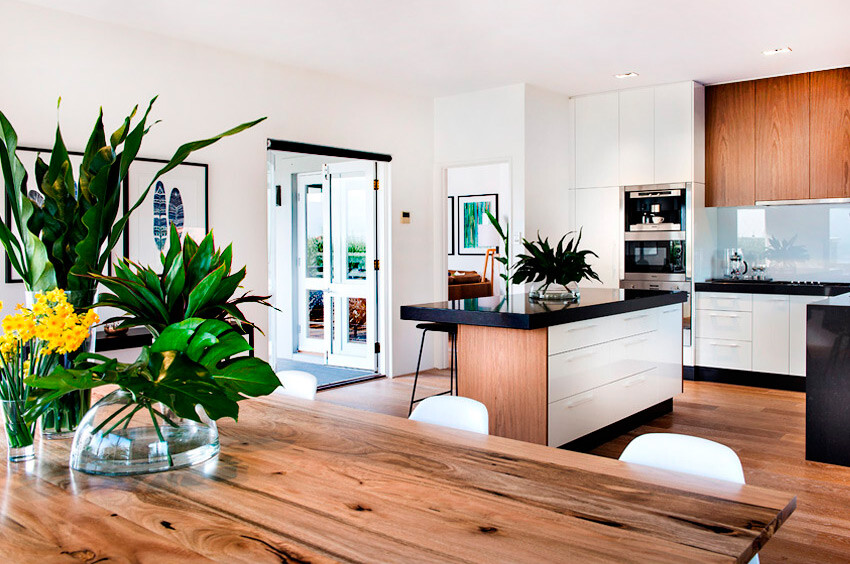 Cottesloe House -  coastal style design