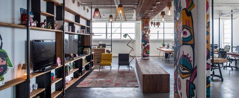 Industrial style workspace in Tel Aviv