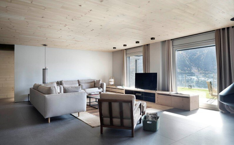 Interior house - in Andorra La Vella by Coblonal Arquitectura