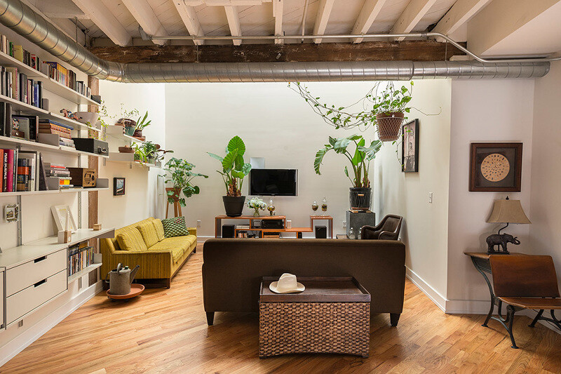 Pickle Factory 1880's warehouse turned live-work studio - Bright Common