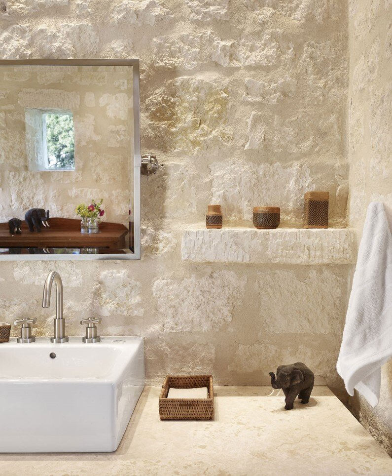 Story pole house sunrise to sunset living room for Bathroom mirrors san antonio