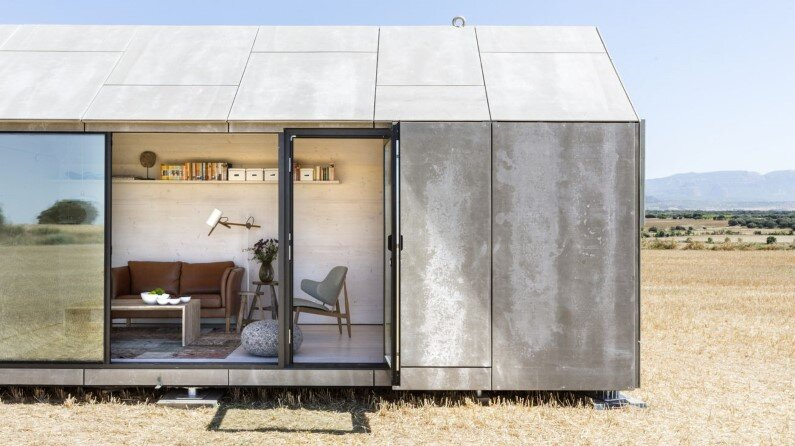 Portable dwelling ÁPH80 developed by Spanish architecture studio Ábaton
