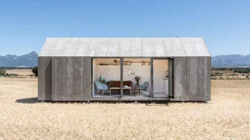 Portable dwelling by Spanish architecture studio Ábaton