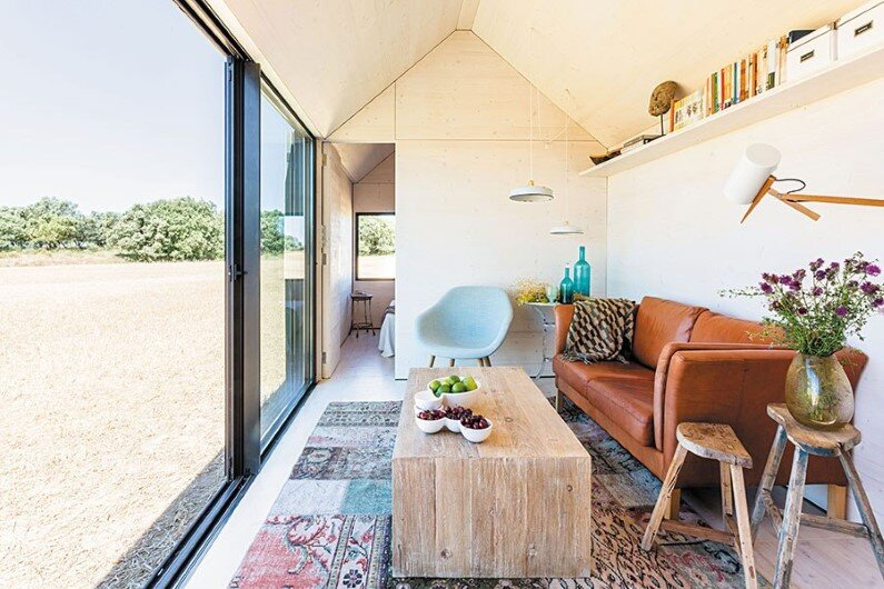 Portable dwelling interior design