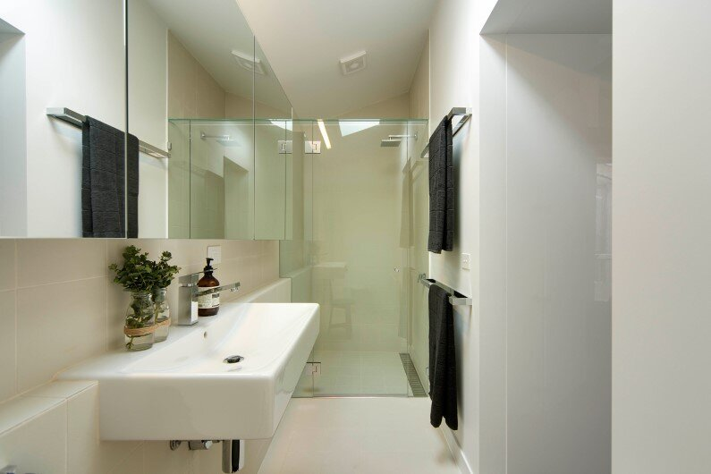 Regent Street Warehouse is a residential project developed by Techne Architecture + Interior Design in Melbourne - Bathroom