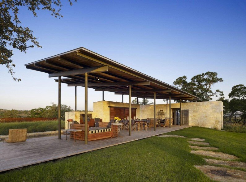 Story Pole House designed by Lake Flato Architects, Center Point