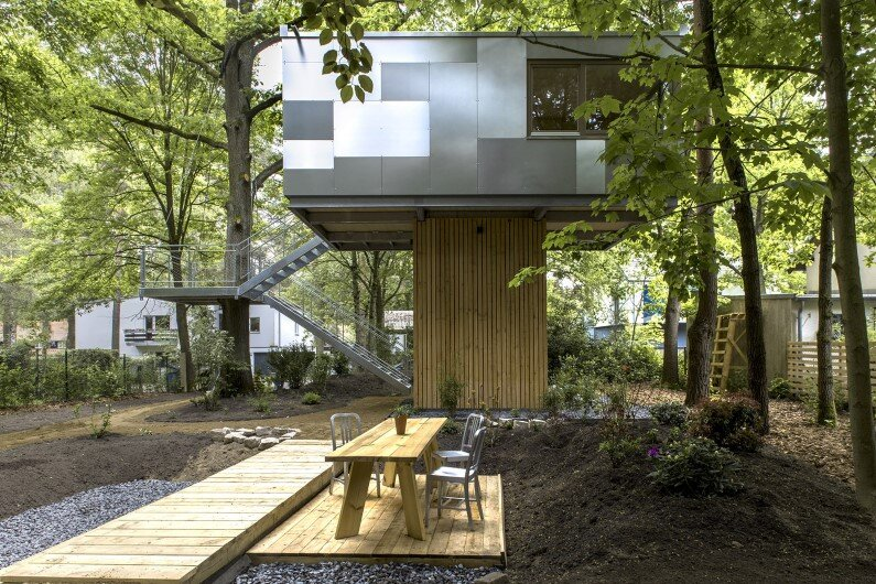 Urban Treehouse  in Berlin - Baumraum