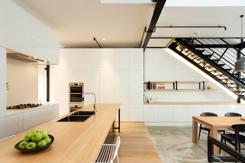 Warehouse space transformed into a bright house