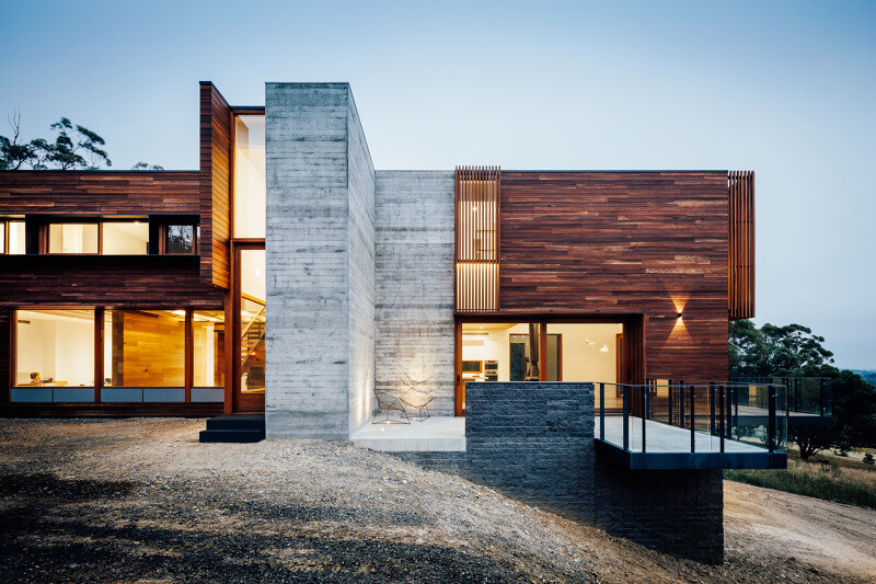 Wooden facade brings warmth and naturalness Invermay House (1)