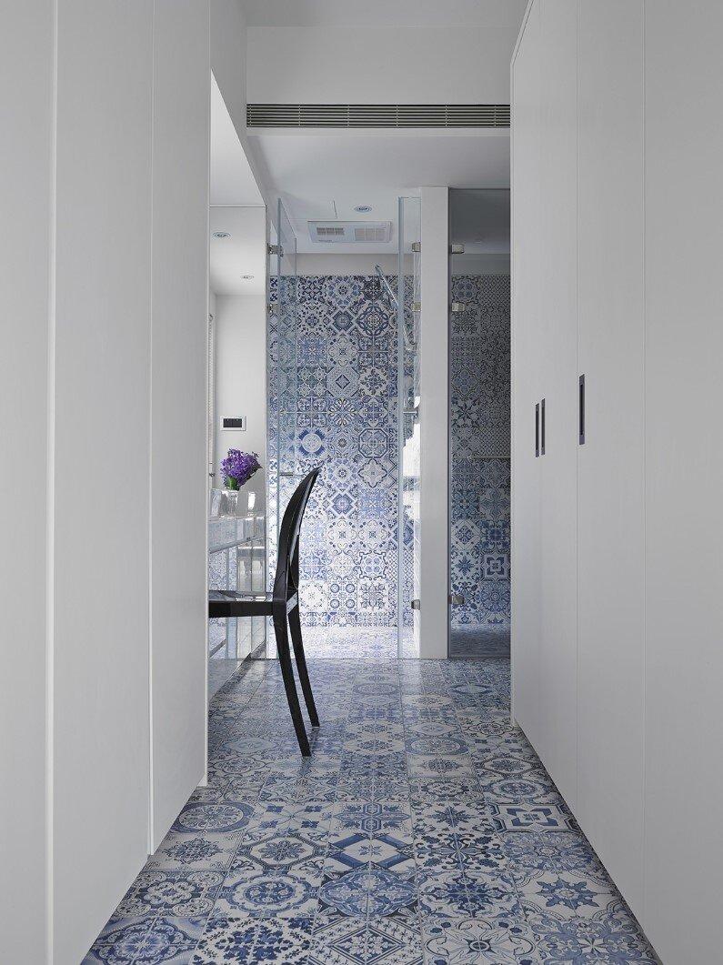 apartment interior- combination of elegance and industrial design