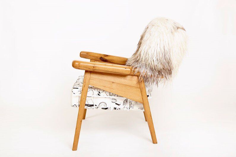 fuzzy-captain chair