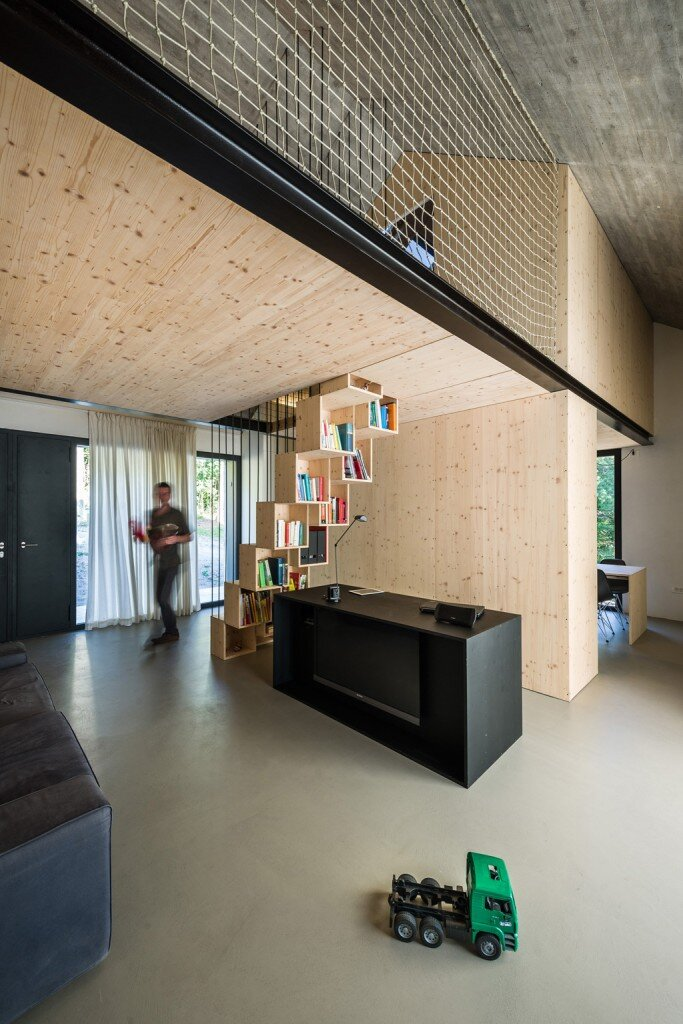Compact Karst house redefinition of a traditional stony house (21)