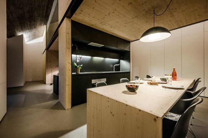 Compact Karst house redefinition of a traditional stony house (6)