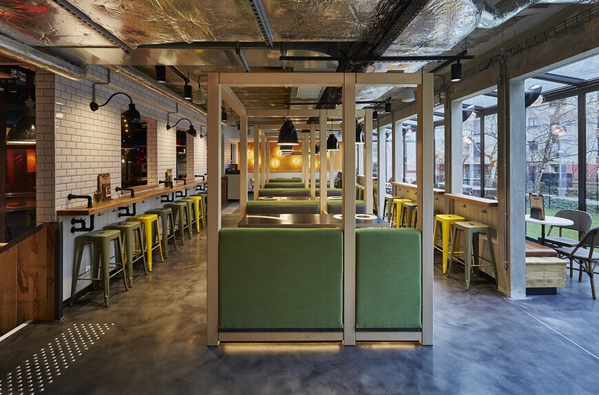 Generator Hostel Paris was conducted by Toronto-based DesignAgency Studio (11)
