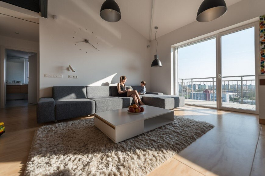 Industrial style in harmony with warm natural materials in a cozy loft by Rules Architects - Bratislava (14)