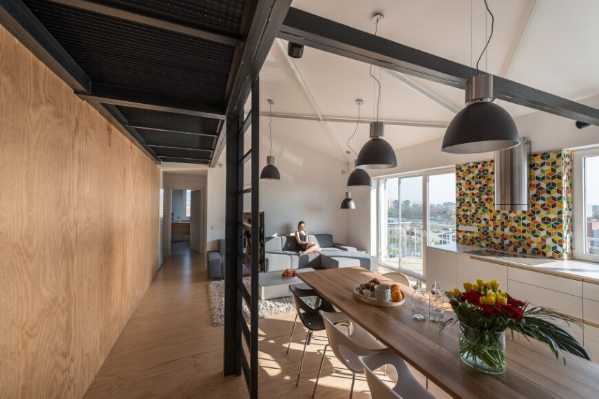 Industrial Style In Harmony With Warm Natural Materials In A Cozy Loft