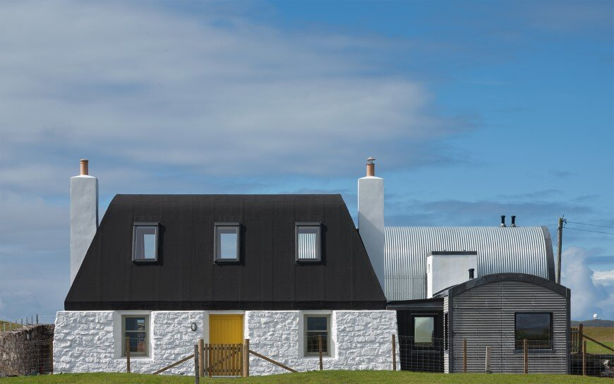 Living House inspired by traditional Scottish homes - House nr 7 by Denizen Works (1)