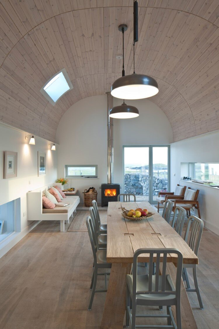 Living House inspired by traditional Scottish homes - House nr 7 by Denizen Works (2)