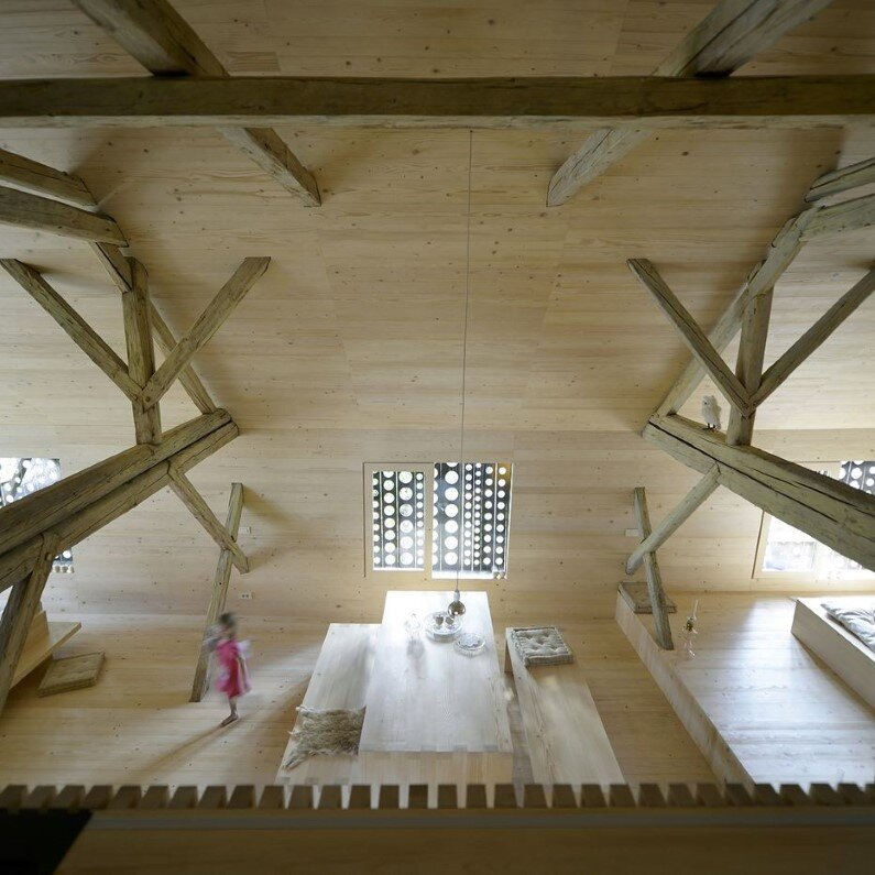 Old Alpine Barn revitalized by converting into a loft apartment  (6)