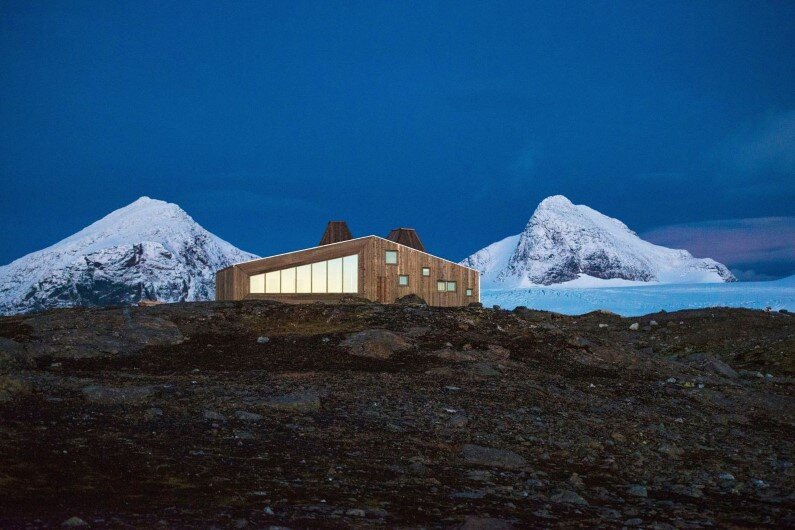 Rabot Tourist Cabin – close to glaciers in northern Norway