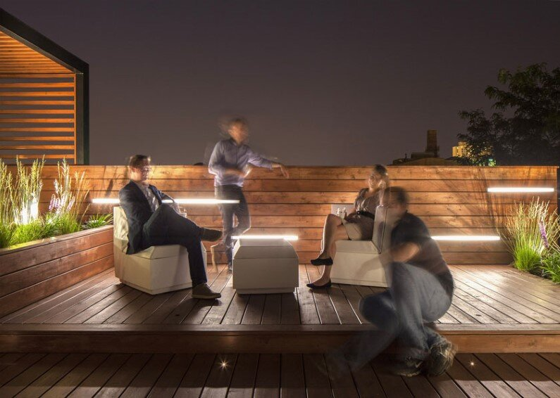 Rooftop retreat designed to showcase the Chicago skyline (1)