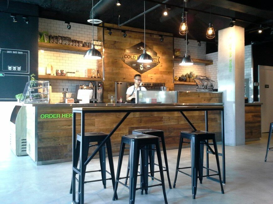 The Cold Pressery with healthy and raw-inspired interior environment (4)
